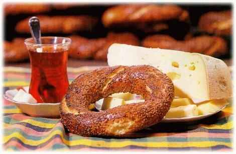 Té, simit y queso